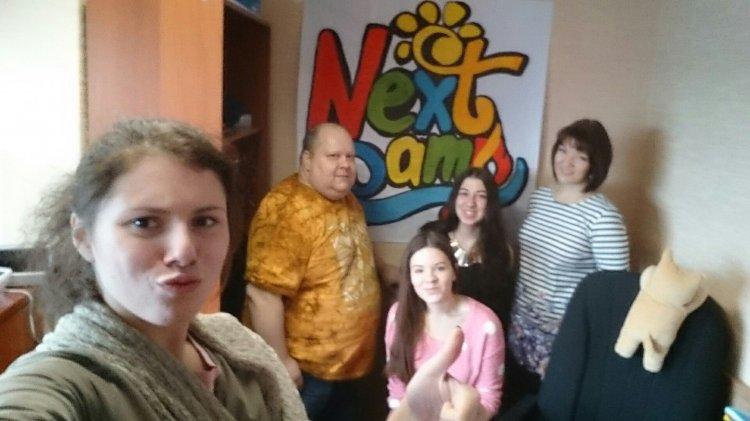 Гости в офисе лагеря